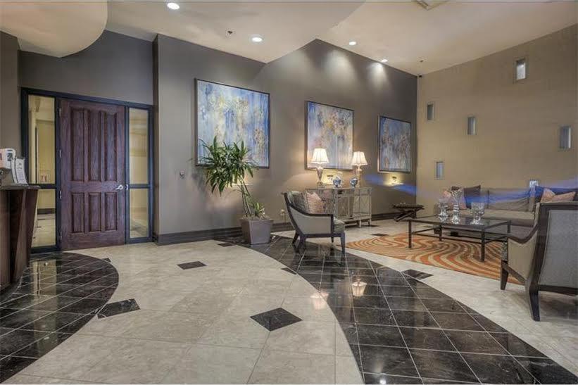ovation-condominiums-penthouse-exterior-6