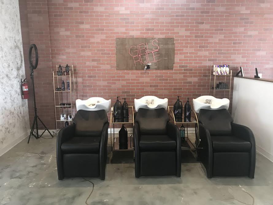 taylor-D-styles-salon