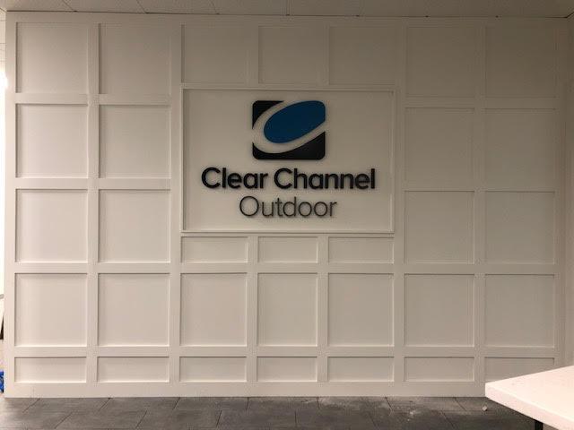 clear-channel-outdoor-17.jpg